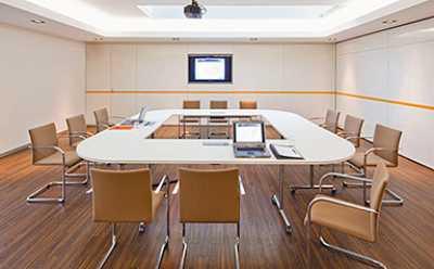 Einrichtung Besprechungsraum einrichten
