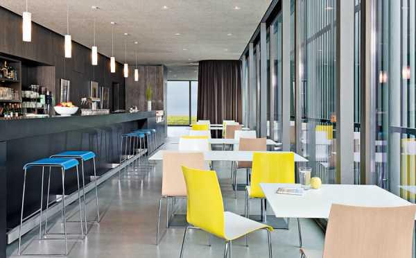 Einladende Cafeteria - Brunner
