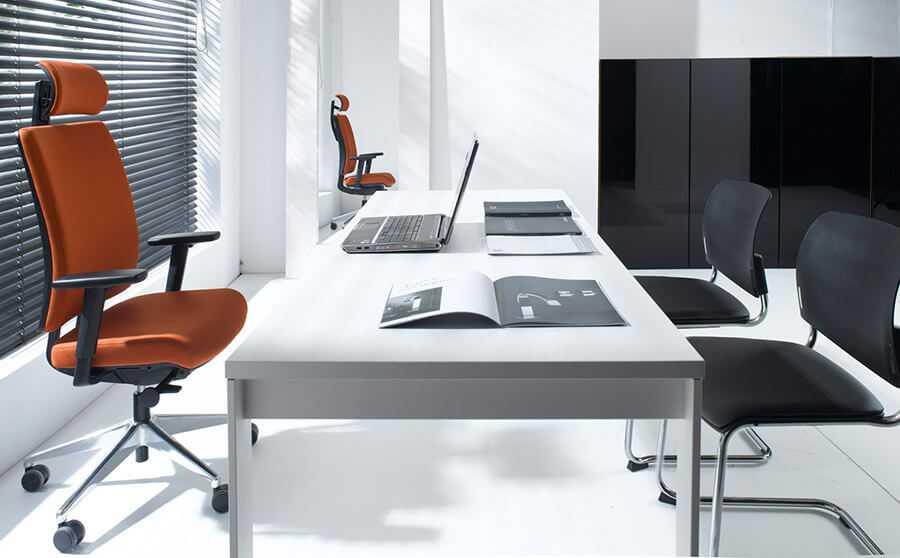 Sitzmöbel fürs Büro München | Wipper Bürodesign
