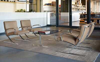 Stilvoller Empfangsbereich und gemütliches Wartezimmer München