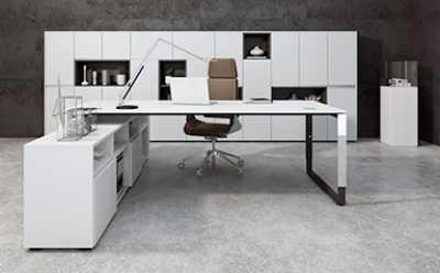 Büromöbel für Management und Chef
